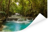 Groene bomen en blauw water bij een waterval in het Nationaal park Erawan Poster 120x80 cm - Foto print op Poster (wanddecoratie woonkamer / slaapkamer)