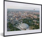 Foto in lijst - Luchtfoto van de Duitse stad Braunschweig fotolijst zwart met witte passe-partout klein 40x30 cm - Poster in lijst (Wanddecoratie woonkamer / slaapkamer)