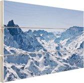 Besneeuwde bergen in de winter Hout 30x20 cm - klein - Foto print op Hout (Wanddecoratie)