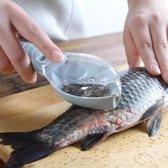 Vis schubben schraper met handig opvangbakje in visvorm