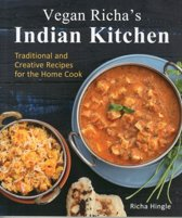 Boek cover Vegan richas indian kitchen van Richa Hingle (Paperback)