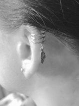 Zilveren Ear cuff Feather