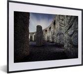 Foto in lijst - Stonehenge van de binnenkant fotolijst zwart met witte passe-partout klein 40x30 cm - Poster in lijst (Wanddecoratie woonkamer / slaapkamer)