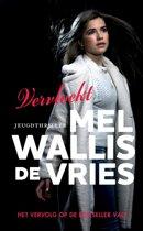 Boek cover Vervloekt van Mel Wallis de Vries (Hardcover)