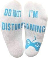 I'm Gaming sokken - Wit met blauwe letters - Grappige sokken voor de echte gameliefhebbers