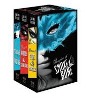Omslag van 'The Daughter of Smoke & Bone Trilogy Paperback Gift Set'