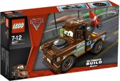 Lego Cars: ultieme takel sleepwagen (8677)