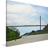 De Centennial Bridge is de tweede brug van het Panamakanaal in Panama Canvas 80x60 cm - Foto print op Canvas schilderij (Wanddecoratie woonkamer / slaapkamer)