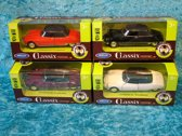 4 x Citroen DS 19 cabriolet snoek in 4 kleuren in doos - Welly 1:34