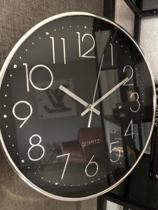 LW Collection - Zilver Zwarte luxe wandklok / muurklok / klok / rond Zwart en zilvere cijfers / keukenklok 30cm