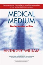 Boek cover Medical medium van Anthony William (Paperback)