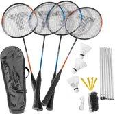 Complete badminton set met een net, 4 rackets, 3 shuttles en toebehoren.