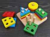 Set van kleine houten blokken, geometrische vormen