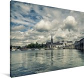 Stadsgezicht van de Nederlandse stad Maastricht Canvas 30x20 cm - klein - Foto print op Canvas schilderij (Wanddecoratie woonkamer / slaapkamer) / Europese steden Canvas Schilderijen