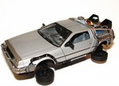 De Lorean Time Machine Back to The Future II Fly Mode Welly 1-24