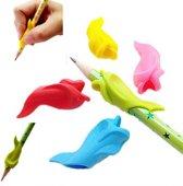 Potlood grip - Penverdikker Potloodverdikker Pen grip Pencil Verdikker Pengrip Potloodgrip - Dolfijn Geel+Groen - 2 stuks