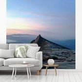 Fotobehang vinyl - Het topje van de Gunung Kinabalu berg in Maleisië breedte 400 cm x hoogte 400 cm - Foto print op behang (in 7 formaten beschikbaar)