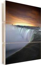 Mooie oranje lucht boven de Niagarawatervallen Vurenhout met planken 60x80 cm - Foto print op Hout (Wanddecoratie)