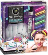 Nagel Studio Fashion Time metallic manicure