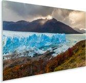 De Perito Moreno gletsjer met een mooie berg op de achtergrond Plexiglas 120x80 cm - Foto print op Glas (Plexiglas wanddecoratie)
