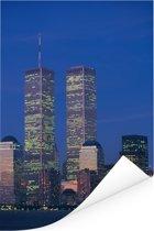 Het World trade center omringt door het stadslandschap van New York in de avond Poster 120x180 cm - Foto print op Poster (wanddecoratie woonkamer / slaapkamer) XXL / Groot formaat!