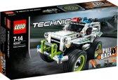 LEGO Technic Politie Onderscheppingsvoertuig - 42047