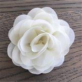 Leuke bloem (roos) op Clip - Creme