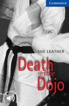 Cambridge English Readers 5: Death in the Dojo