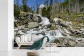 Fotobehang vinyl - Woeste waterval in een rotsige rivier in het Nationaal park Tatra breedte 390 cm x hoogte 260 cm - Foto print op behang (in 7 formaten beschikbaar)
