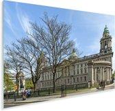 Het stadhuis is een bijzondere verschijning in Belfast Plexiglas 180x120 cm - Foto print op Glas (Plexiglas wanddecoratie) XXL / Groot formaat!