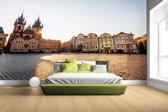 Fotobehang vinyl - Oude Stadsplein Praag breedte 380 cm x hoogte 265 cm - Foto print op behang (in 7 formaten beschikbaar)