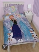 Disney Frozen Elsa, Anna en Olaf - Dekbedovertrekset - Eenpersoons - 135x200 cm - Multi