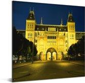Het verlichte en Nederlandse Rijksmuseum in Europa tijdens de nacht Aluminium 20x20 cm - klein - Foto print op Aluminium (metaal wanddecoratie)