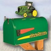 Amerikaanse brievenbus met tractor John Deere 9000T
