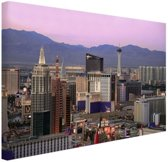 FotoCadeau.nl - Las Vegas skyline bij zonsondergang Canvas 30x20 cm - Foto print op Canvas schilderij (Wanddecoratie)