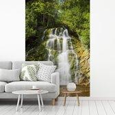 Fotobehang vinyl - Waterval in het Nationaal park Forillon in Noord-Amerika breedte 235 cm x hoogte 350 cm - Foto print op behang (in 7 formaten beschikbaar)