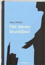 Het Stenen Bruidsbed  door Harry Mulisch