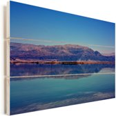Reflectie van een berg bij de Dode Zee in Azië Vurenhout met planken 90x60 cm - Foto print op Hout (Wanddecoratie)