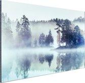 Bos omringd door mist Aluminium 180x120 cm - Foto print op Aluminium (metaal wanddecoratie) XXL / Groot formaat!