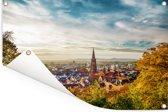 Stadsgezicht van de Duitse stad Freiburg Tuinposter 60x40 cm - klein - Tuindoek / Buitencanvas / Schilderijen voor buiten (tuin decoratie)