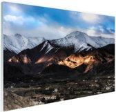 Leh Ladakh stad vlakbij Himalaya Glas 180x120 cm - Foto print op Glas (Plexiglas wanddecoratie) XXL / Groot formaat!