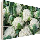 Opeengestapelde verse bloemkolen Vurenhout met planken 30x20 cm - klein - Foto print op Hout (Wanddecoratie)
