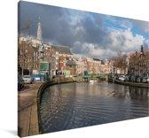 De grachten in de Nederlandse stad Haarlem Canvas 140x90 cm - Foto print op Canvas schilderij (Wanddecoratie woonkamer / slaapkamer) / Europese steden Canvas Schilderijen