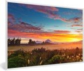 Foto in lijst - Zonsopkomst in het Nationaal park Tongariro op Noordereiland fotolijst wit 60x40 cm - Poster in lijst (Wanddecoratie woonkamer / slaapkamer)