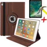 iPad 9.7 (2017 / 2018) Hoes + Screenprotector - 360 Graden Draaibaar Book Case Cover Leer - Hoesje van iCall - Bruin