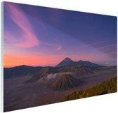 Een bijzondere lucht boven de vulkaan Glas 90x60 cm - Foto print op Glas (Plexiglas wanddecoratie)