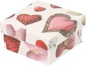 Rood/wit cadeaudoosje met hartjes 14 cm vierkant - Valentijnsdag cadeau doosjes