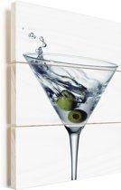 Heerlijke martini met twee olijven Vurenhout met planken 40x60 cm - Foto print op Hout (Wanddecoratie)