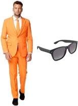 Oranje heren kostuum / pak - maat 52 (XL) met gratis zonnebril