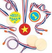 Houten medailles voor kinderen om te versieren (8 stuks per verpakking)